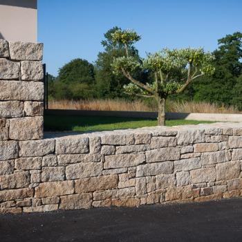 Création mur en pierres sèches